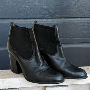 Stuart Weitzman Leather Heeled Booties, size 8
